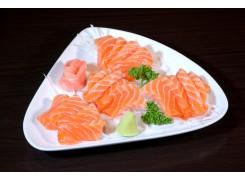 P12  16 sashimi saumon