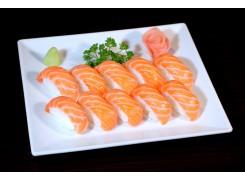 P7  10 sushi saumon